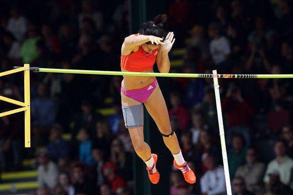 Jenn Suhr at the 2012 US Olympic Trials (Getty Images)