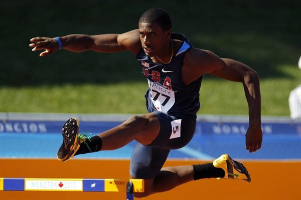 Sheroid Evans of the USA makes it through to the next round of the men's 400m Hurdles (Getty Images)