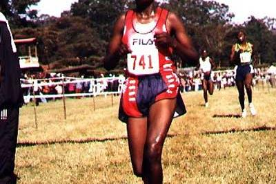 Rose Chepyego Chepchumba winning the senior women's 8km race in Nairobi (Okoth)