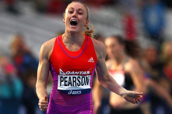 Sally Pearson wins the 100m Hurdles at the 2012 Melbourne World Challenge (Getty Images)