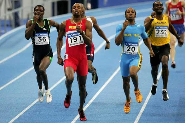 Alleyne Francique of Grenada on his way to winning the gold medal in the men's 400m final (Getty Images)