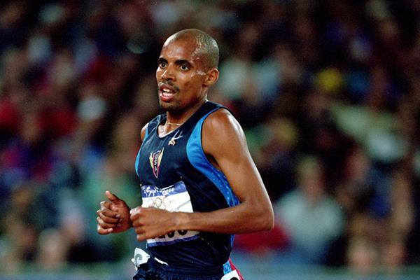 Meb Keflezighi in the men's 10,000m heats at the 2000 Olympic Games  (Getty Images)