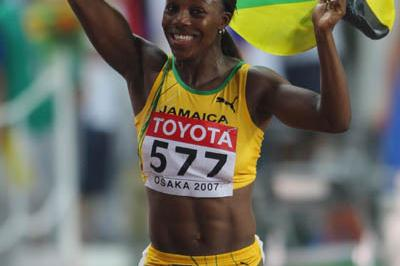 Veronica Campbell celebrates winning gold in the women's 100m final in Osaka (Getty Images)