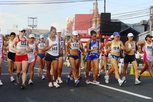 Women in action in the 20km at the Pan American Race Walking Cup in San Salvador (organisers)