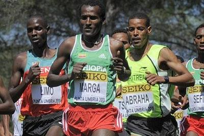 Imana Marga of Ethiopia of his way to winning the men's senior race in Punta Umbria (Getty Images)