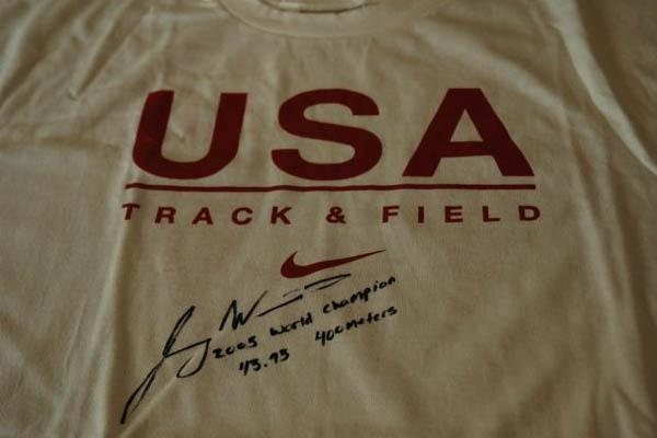 Jeremy Wariner's 2005 World Championships US top (IAAF)