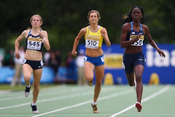 Ebony Eutsey of USA wins the Girls' 400m final (Getty Images)
