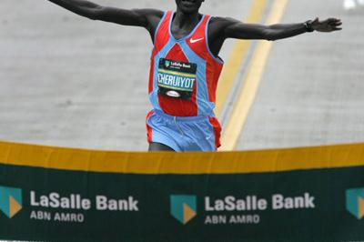 All smiles - Robert Cheruiyot winning the Chicago Marathon (Victah Sailer)