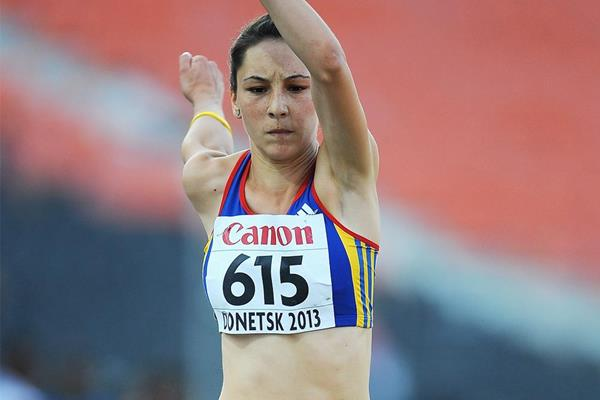 Florentina Marincu in triple jump action at the 2013 World Youth Championships (Getty Images)