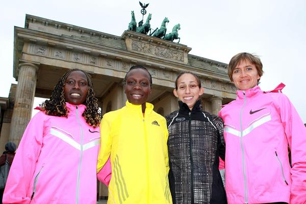 Florence Kiplagat, Sharon Cherop, Desiree Davila and Irina Mikitenko ahead of the 2013 BMW Berlin Marathon (Victah Sailer / organisers)