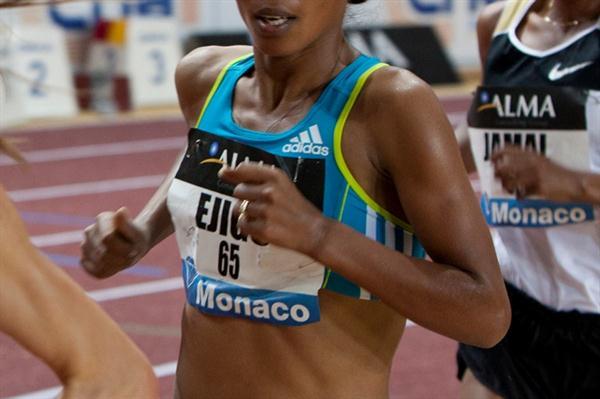 Sentayehu Ejigu en route to a world-leading 8:28.41 in Monaco (Philippe Fitte)