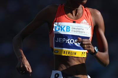 Janeth Jepkosgei of Kenya on her way to winning the women's 800m at the 2007 Berlin Golden League meeting (Getty Images)