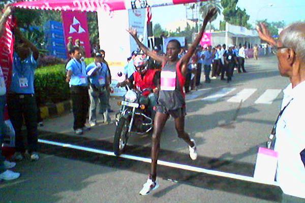 Francis Kibiwott victorious at the New Delhi Half Marathon (Rahul Pawar)