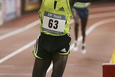 Commanding 3000m win for Isaac Songok in Karlsruhe (Bongarts)