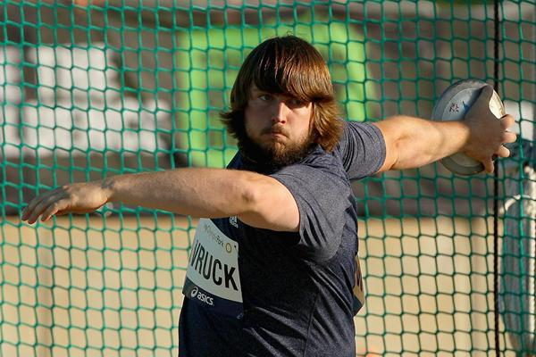 Julian Wruck on his way to winning the Discus title at the Australian Championships (Getty Images)