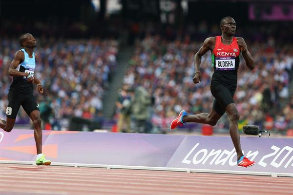 David Lekuta Rudisha of Kenya approaches the finish line and set a new world record in the Men's 800m Final of the London Olympic Games 2012 on 9 August 2012 (Getty Images)