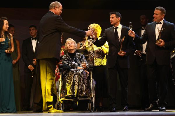 Inaugural IAAF Hall of Fame members and 2012 IAAF award winners at the IAAF Centenary Gala in Barcelona (Giancarlo Colombo)
