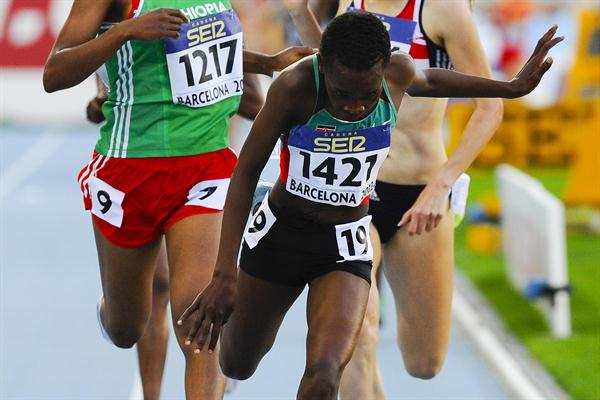 Mercy Chebwogen of Kenya wins the Women's 3000 metres final at the Barcelona World Junior Championships (Getty Images)