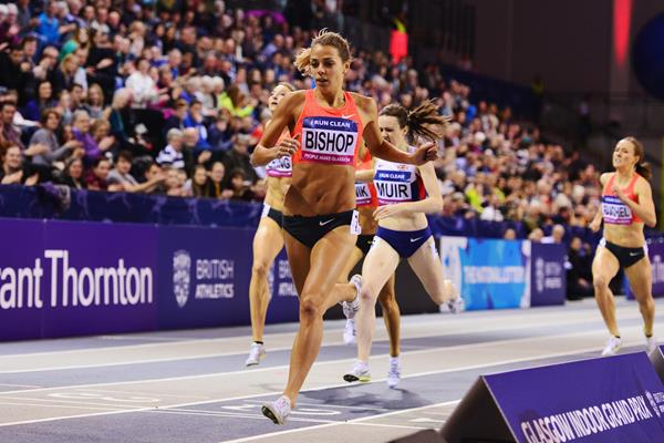 Melissa Bishop winning the 800m at the 2016 Glasgow Indoor Grand Prix (Getty Images)