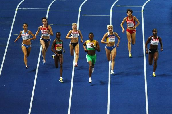 (L-R) Janeth Jepkosgei of Kenya, Jennifer Meadows of Great Britain & Northern Ireland, Caster Semenya of South Africa and Yuliya Krevsun of Ukraine compete in the women's 800 Metres Final in Berlin (Getty Images)