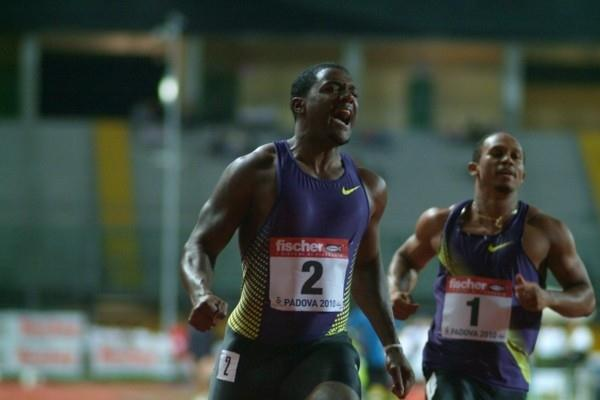 Justin Gatlin wins the Padua 100m (Lorenzo Sampaolo)
