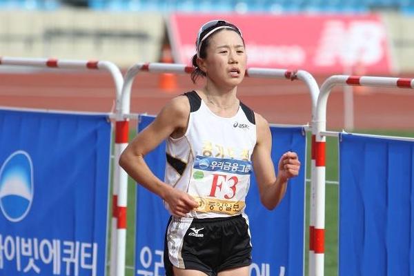 Kung-Hee Choi, winner of the 2012 JoongAng Marathon in Seoul (Organisers)