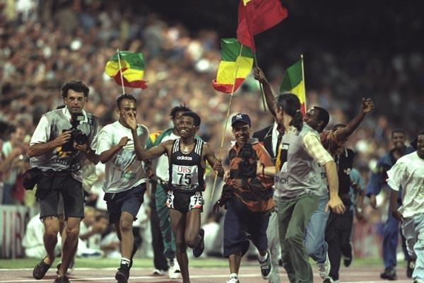 Haile Gebrselassie's 12:41.86 World record at Letzigrund - 13 August 1997 (Getty Images)