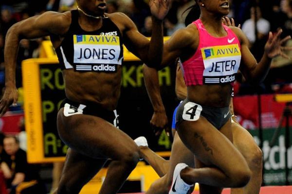 Virtual dead heat between Laverne Jones and Carmelita Jeter in Birmingham (2010) (Getty Images)