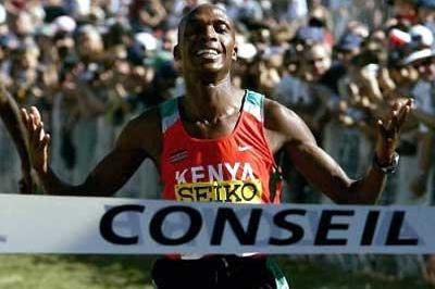 Augustine Choge of Kenya wins the Junior men's race (Getty Images)
