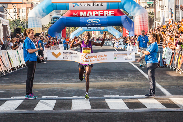 Abraham Cheroben wins the Valencia Half Marathon (Organisers)