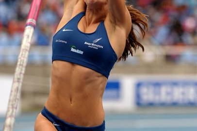 """Fabiana Murer vaults to 4.82m at """"XXVIII Troféu Brasil Caixa de Atletismo"""" (Alexandre Loureiro/CBAt)"""