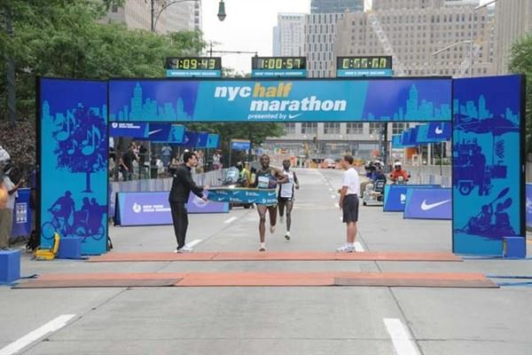 Tadesse Tola comes home in New York (NYRR)