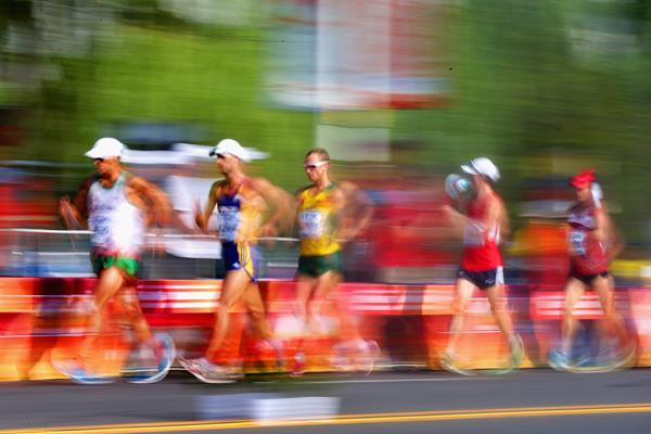 Race walkers (Getty Images)