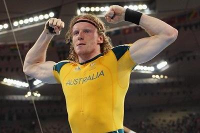 Steven Hooker celebrates his Olympic pole vault victory (Getty Images)