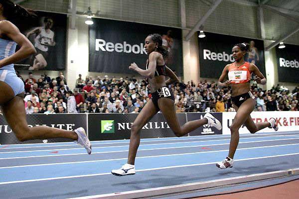 Tirunesh Dibaba leaders her sister Ejegayehu in the Boston 3000m (Victah Sailer)