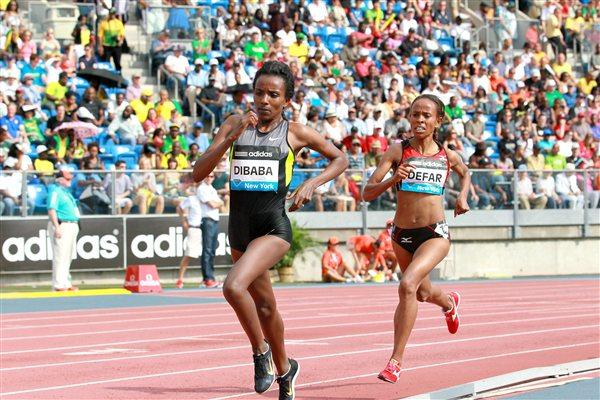 Tirunesh Dibaba and Meseret Defar in the New York 5000m (Victah Sailer)