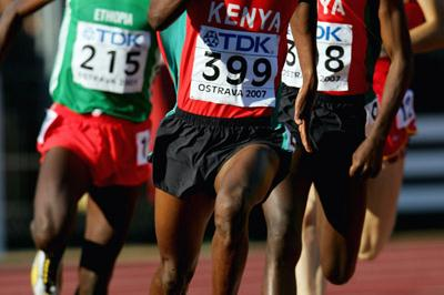 Fredrick Musyoki Ndunge of Kenya on his way to gold in the 1500m final (Getty Images)