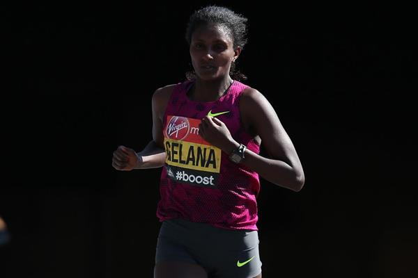 Ethiopian distance runner Tiki Gelana (Getty Images)