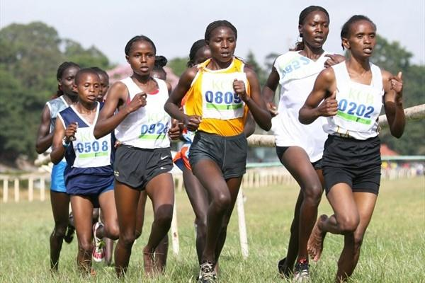 The women's lead pack at the 2009 Kenya Police National Cross Country Championships at the Ngong Racecourse in Nairobi. Vivian Cheruiyot (extreme left, partly hidden) won the race. (Elias Makori)
