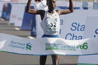 Delilah Asiago wins the women's race in Dubai (Victah Sailer)