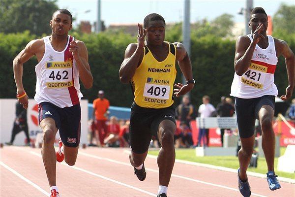 David Bolarinwa (c) wins the 100m men's at the UK U20 Championships & World Trials at Bedford (Getty Images)