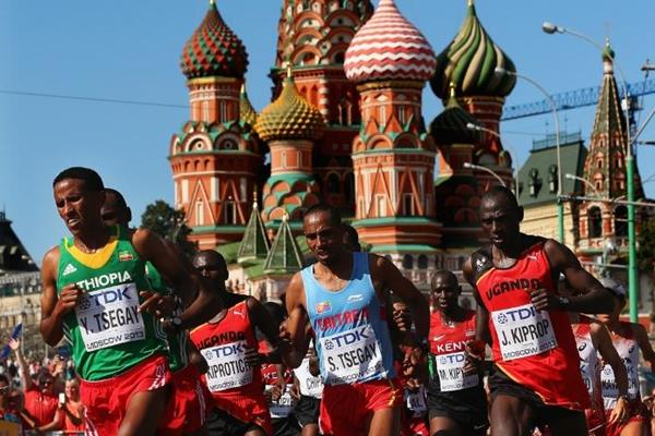 Kiprotich and Tsegay in the mens Marathon at the IAAF World Athletics Championships Moscow 2013 (Getty Images)