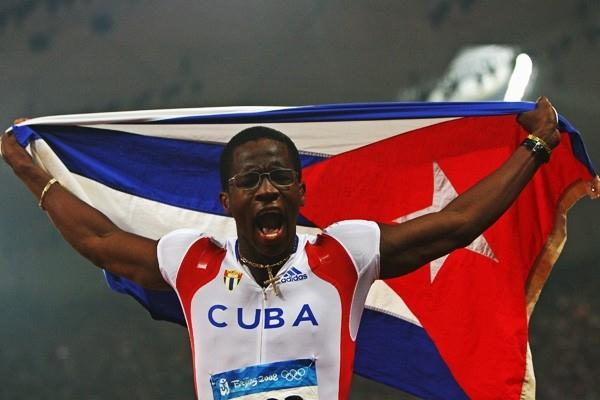Dayron Robles celebrates his 110m hurdles victory (Getty Images)