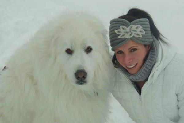 Jenn Suhr and dog Tundra ()