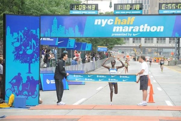 Catherine Ndereba wins in New York (NYRR)