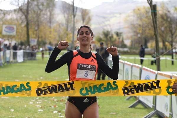 Sara Moreira (POR) wins the 2008 Torres Vedras Cross Country (Marcelino Almeida)