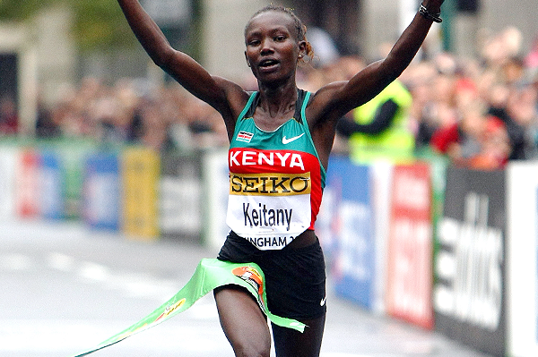 Mary Keitany wins the IAAF/EDF Energy World Half Marathon Championships in Birmingham (Getty Images)