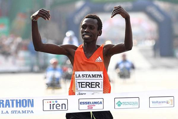 Kenya's Patrick Terer winning in Turin (Giancarlo Colombo)