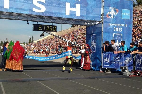 Hillary Yego wins the 2013 Athens Classic Marathon (Organisers)