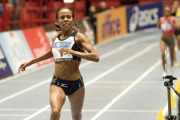 Just a little shy.. Meseret Defar frustratingly close to her own World 5000m record in Stockholm (Hasse Sjögren)